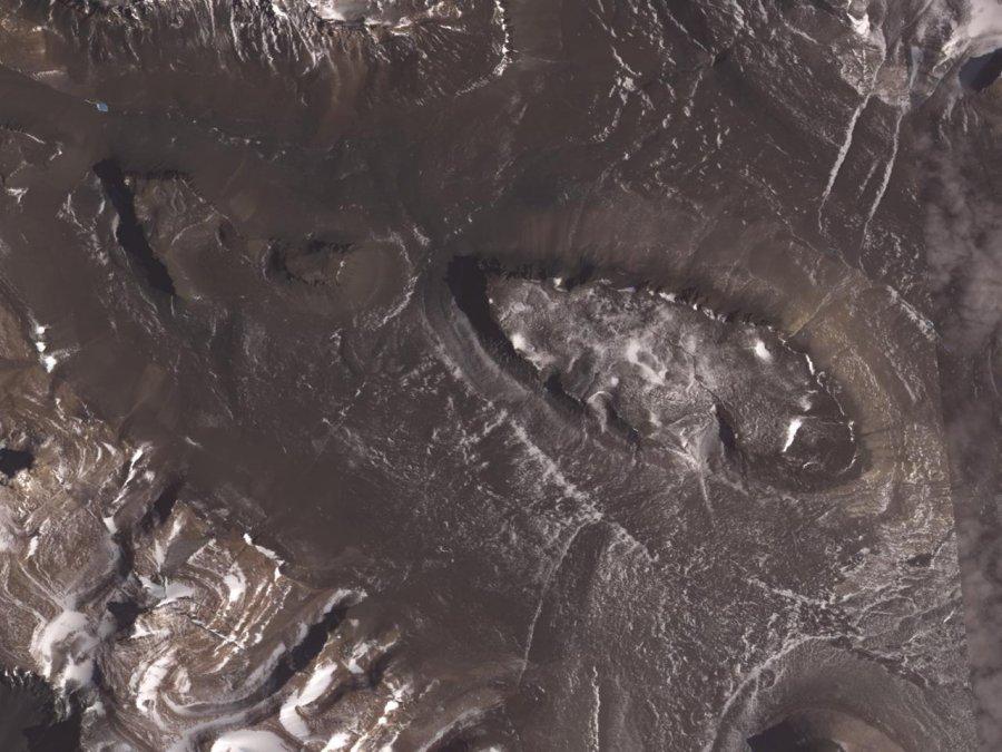 Dry valleys, Antaractica. Photo: NASA_GSFC_METI_ERSDAC_JAROS and US-Japan-ASTER-Science-Team, Wikimedia commons