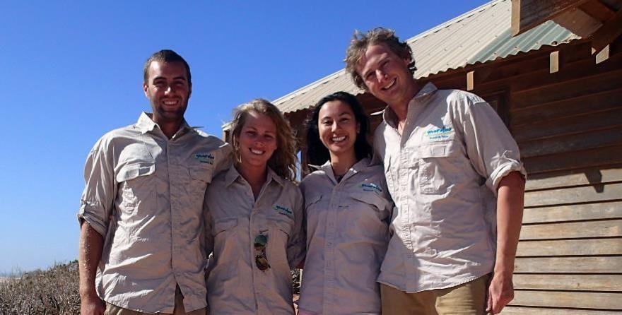 The Gnaraloo Sea Turtle Conservation Team 2014/2015. Photo Gnaraloo